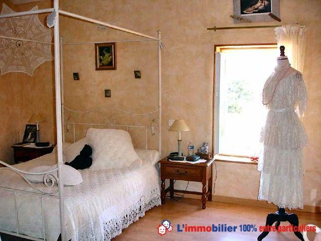 www.partenaire-europeen.fr/Annonces-Immobilieres/France/Poitou-Charentes/Deux-Sevres/Vente-Maison-Villa-F7-ARDIN-1014466 #mannequin #robe #dentelle