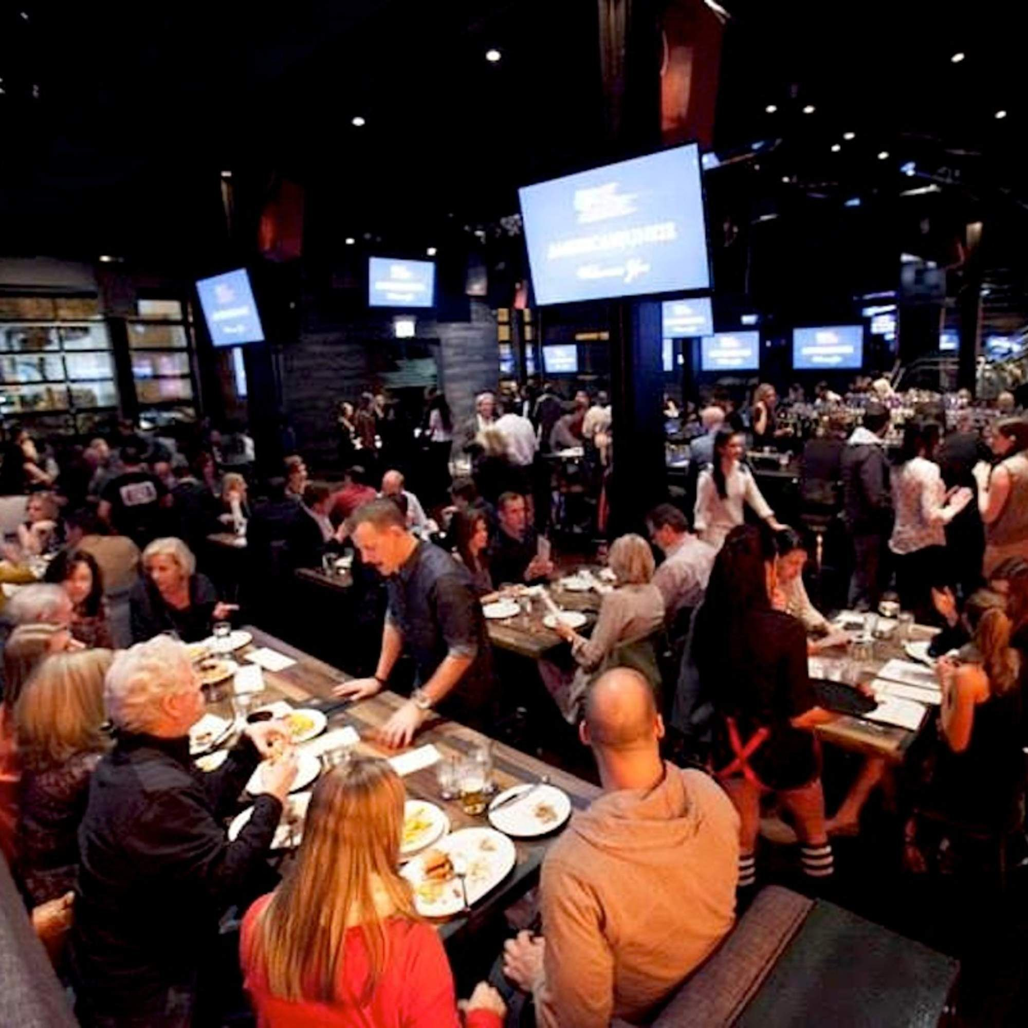 The Very Best Sports Bars in Chicago | March madness ...