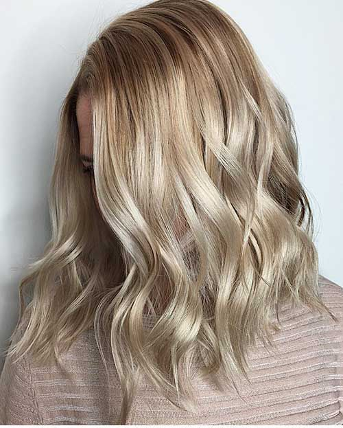 17 Kurze Gewellte Haare 2017 Kurze Haare Wellen Wellen Haare Dicke Gewellte Haare