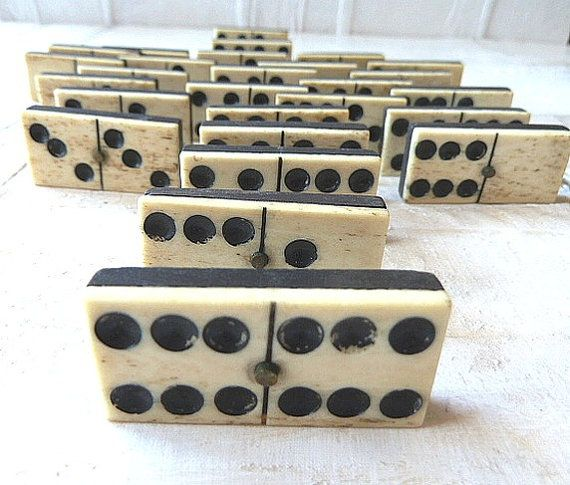 Set Of 20 Antique Dominos Porcelain Various Styles Antique Furniture