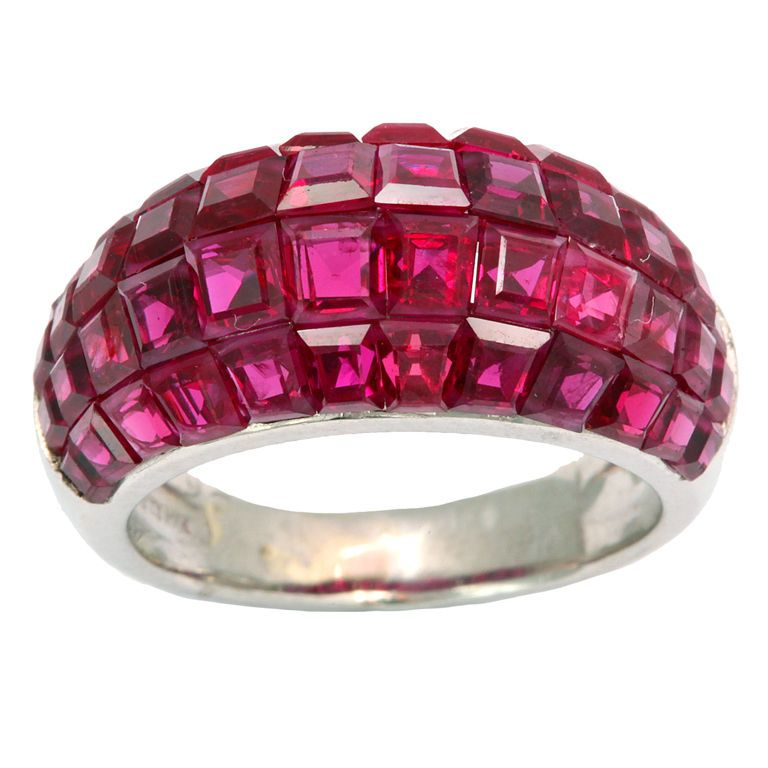 Van Cleef and Arpels Mystery Ruby Ring: you pay for the history, mystery, design , not just for pretty red band