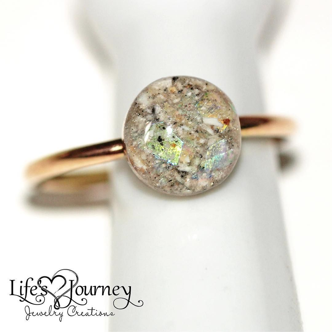 Cremation Keepsake Ring Ashes Ring Modern Ring Cremation Jewelry Ashes Jewelry Https Www Lifesjourneyjewelrycr Ashes Jewelry Lovely Ring Memorial Jewelry