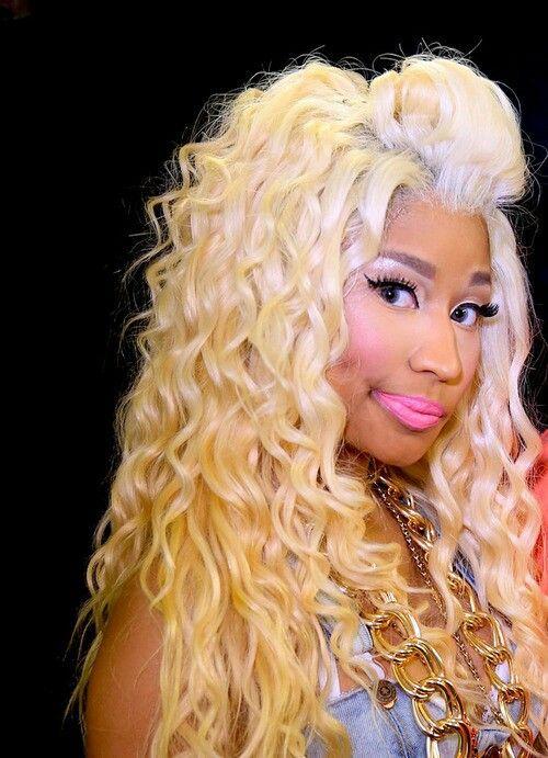 Nicki Minaj Blonde Curls ♔nicki Minaj♔ Nicki Minaj