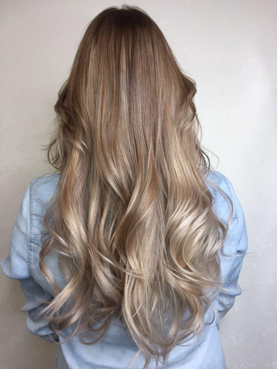 Модный цвет в 2018 году: оттенки для волос, мелирование ...