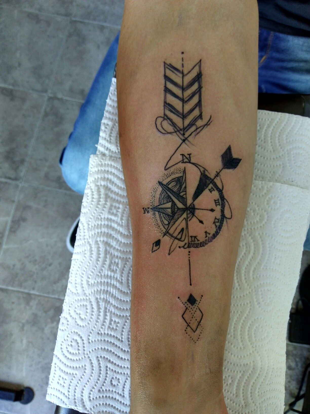 Tattoo Flecha Rosa De Los Vientos Rosa De Los Vientos Tatuajes Tatuajes Para Hombres