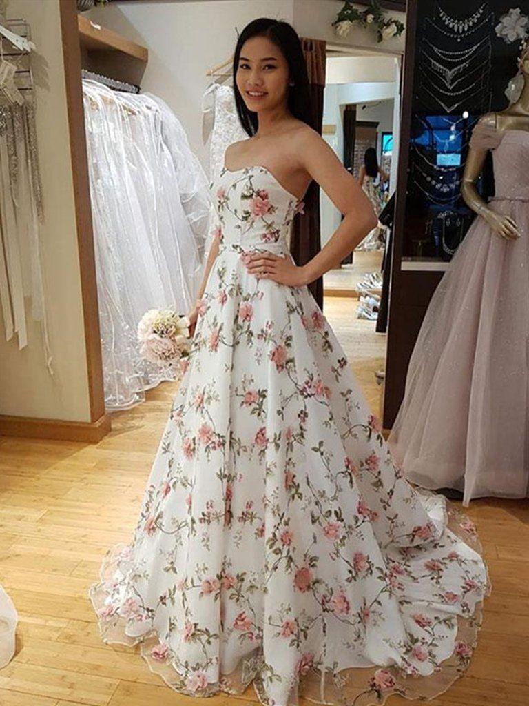 White Flower Strapless Dress