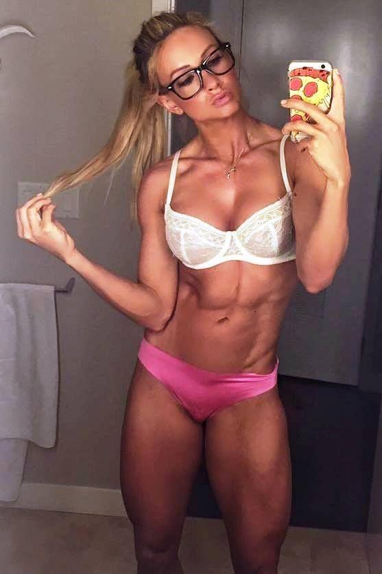blonde nude female fitness models