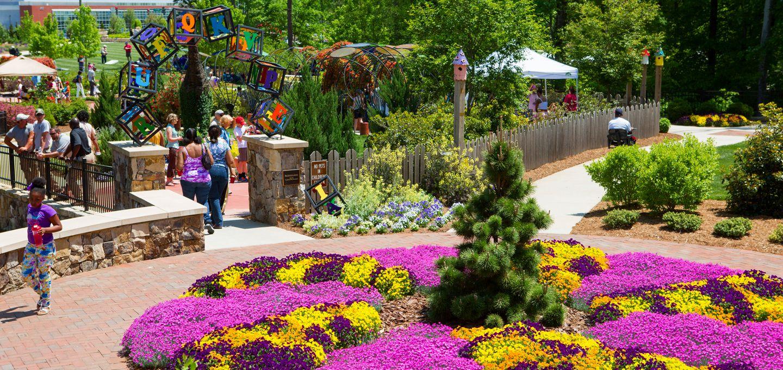 gateway gardens in greensboro, nc #greensboronc #wrobinson2003