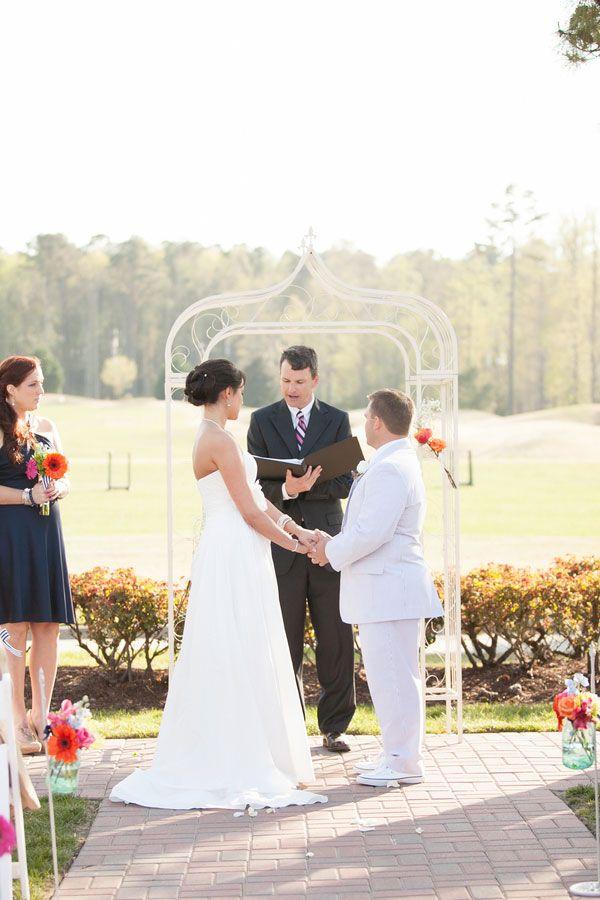 Virginia Beach Wedding at Signature at West Neck / Amanda Hedgepeth Photography / via @Storyboard Wedding