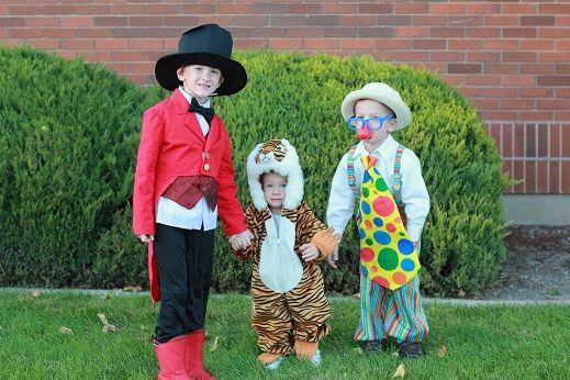halloween circus theme