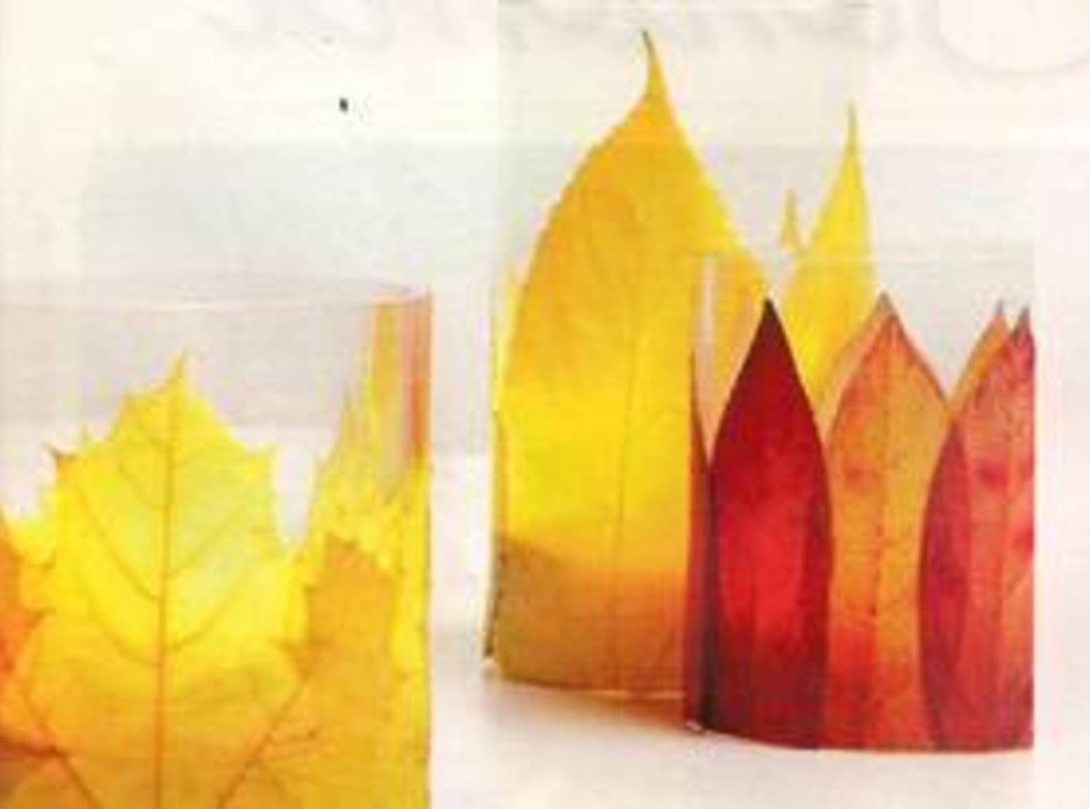 You can also use other type of things instead of leaves. Great craft idea for teachers to have children make gifts for mom and dad!