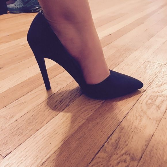 High heels Black dressy high heels wore couple times still in great condition.. Charlotte Russe Shoes Heels