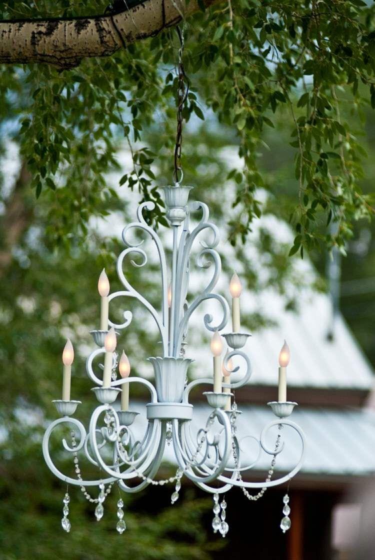 Elegant Garten Deko Ideen   Den Kronleuchter Wiederverwenden