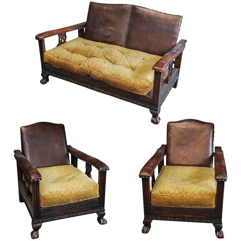 1920s Dutch Colonial Suite of Furniture/Living Room Set of