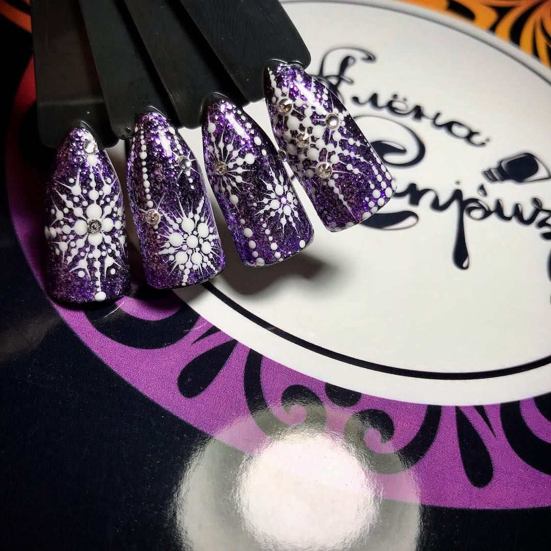 Perfect violet/dark purple nail design with snowflakes for Christmas ...