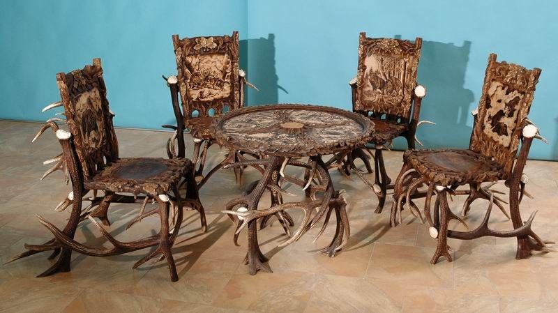 Weird, But Different  Woodcarving Ondřej Trlifaj   Hunting Furniture