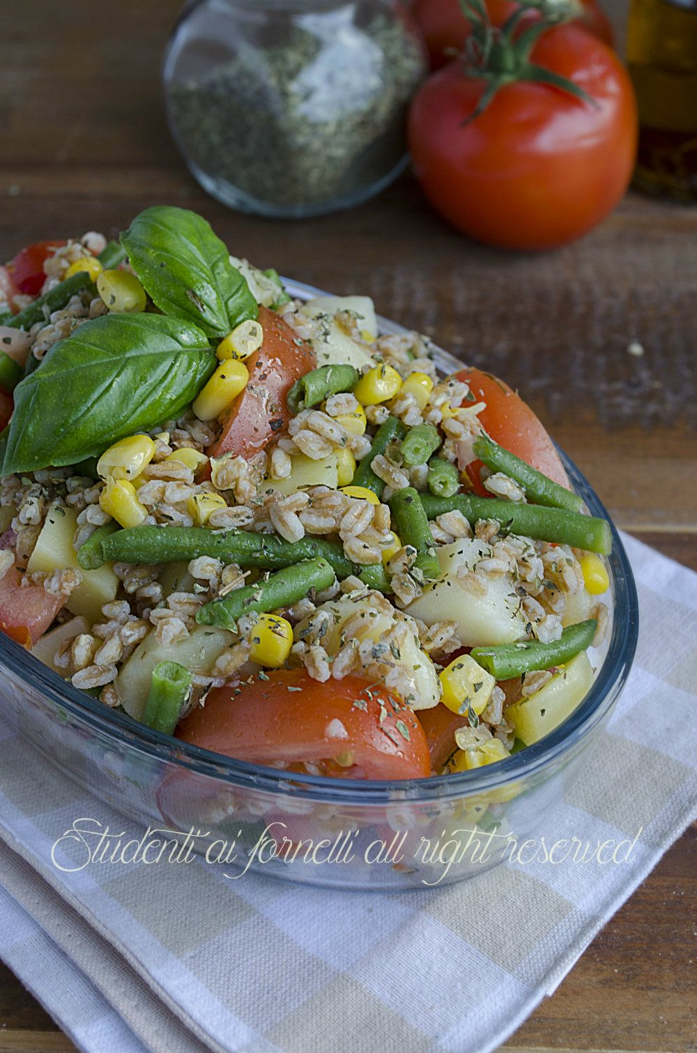 Insalata di farro fagiolini patate e pomodori antipasti for Cucinare vegano