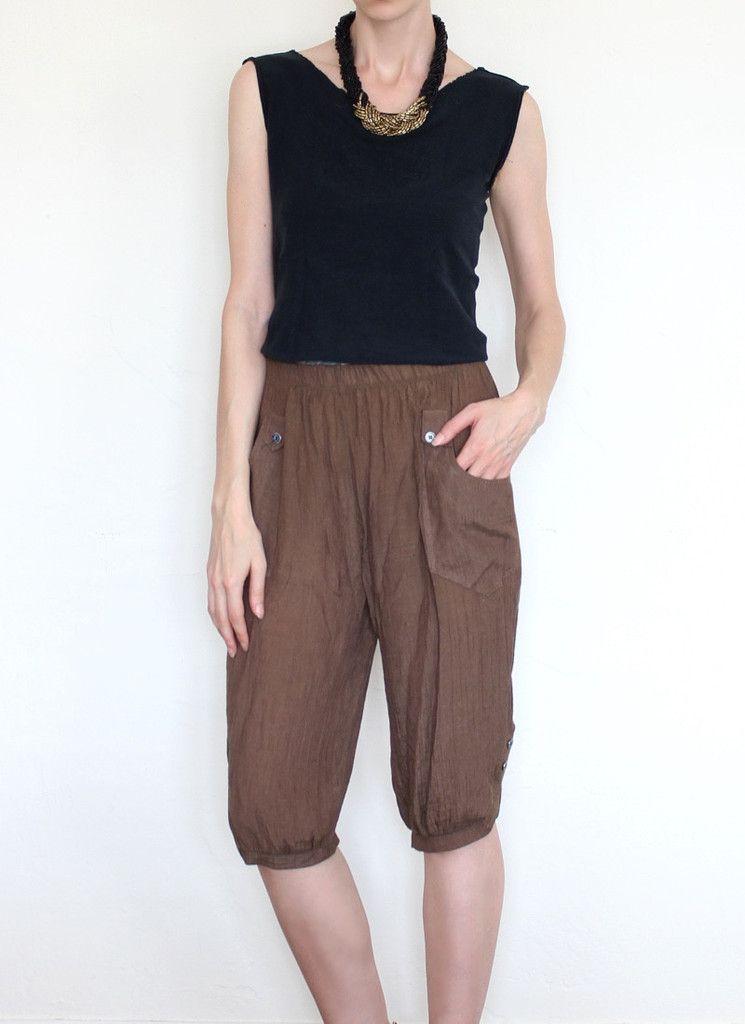 Trouble Child Crop Pants // www.hejiragold.com // #hejiragold #vintageshop #sustainablestyle #ethicalfashion