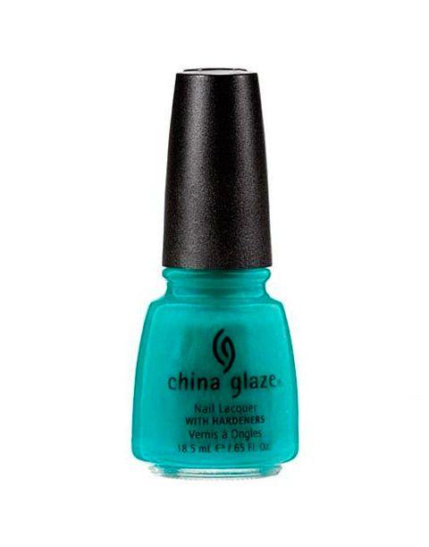 New Nail Polish Colors To Try This Spring   #turquoiseNailPolish