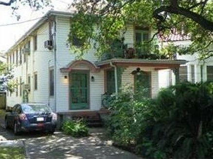 2735 Ursulines Ave New Orleans La 70119 Zillow House Rental New Orleans Apartment Looking For Apartments