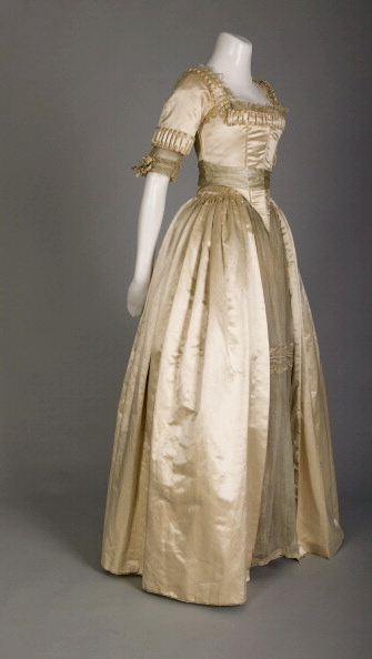 Photo of Wedding dress; Silk satin, lace, silk flowers 1918