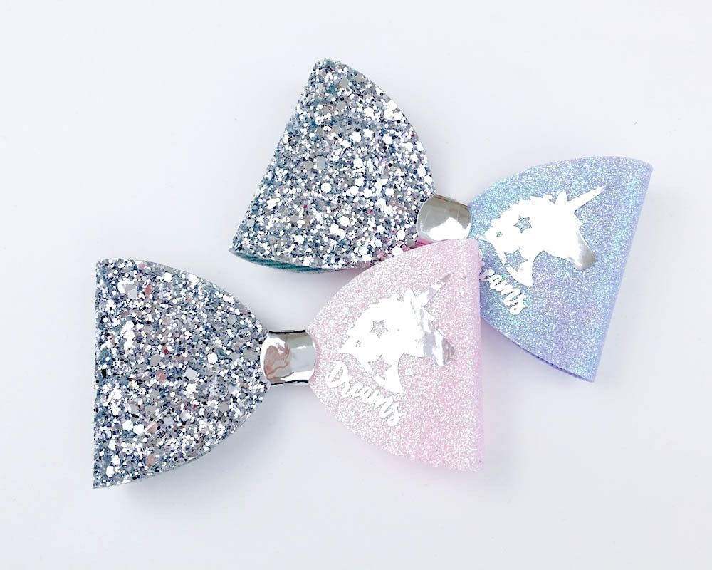 How gorgeous is this. Cyber Monday - Un... now available to purchase on here http://sweetandberry.co.uk/products/unicorn-bow-ready-to-post?utm_campaign=social_autopilot&utm_source=pin&utm_medium=pin