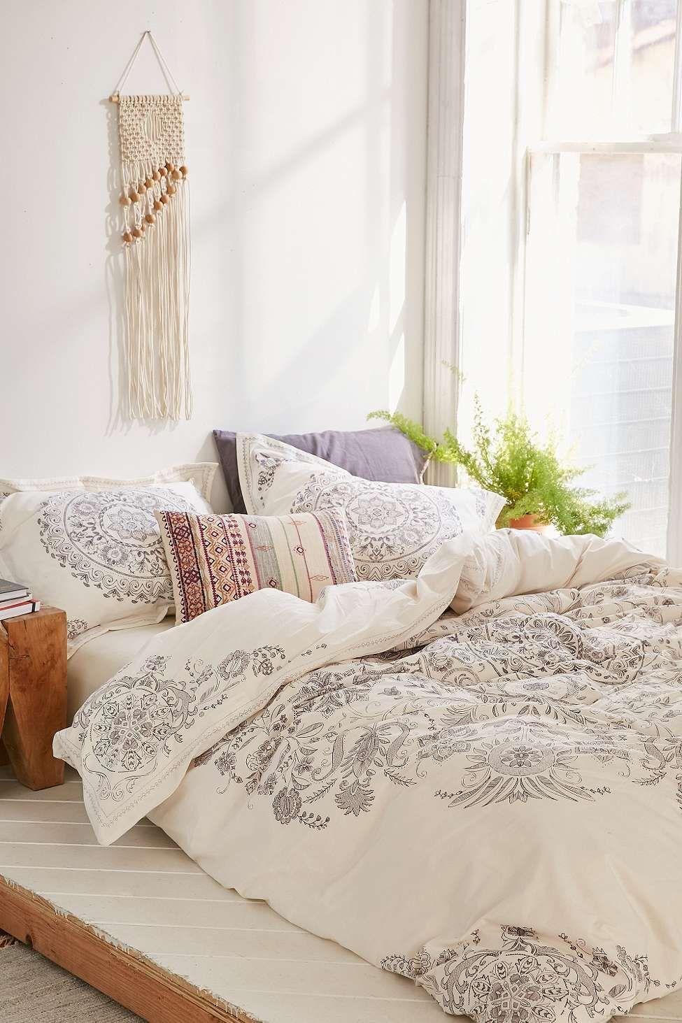Bettbezug louise femme mit medaillonmuster that comfy for Wohnung aussortieren