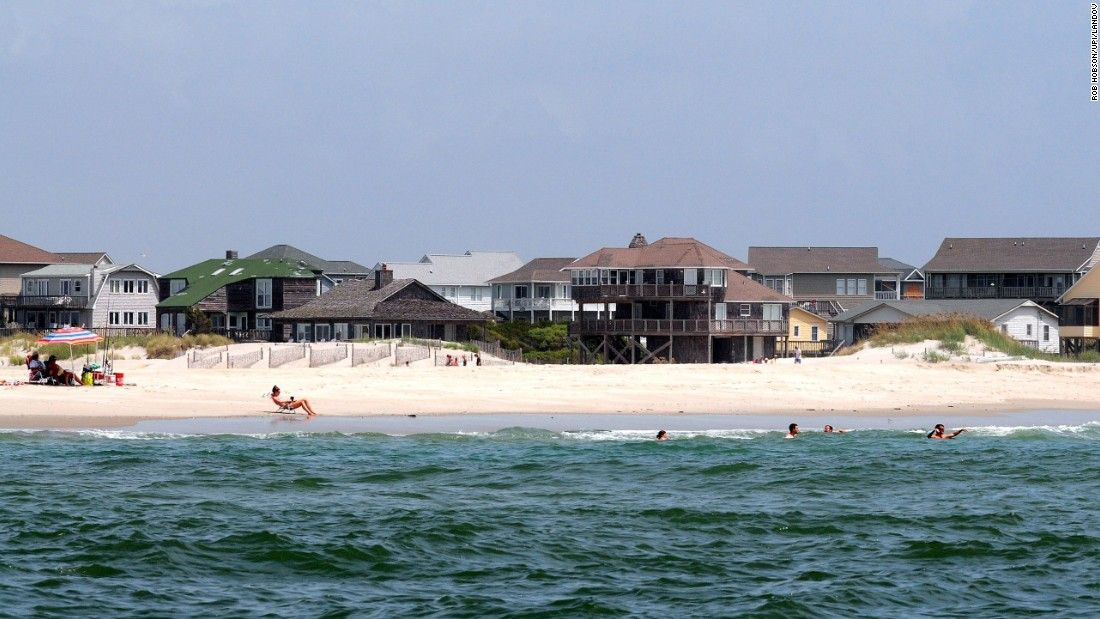 Emerald Isle Makes Cnn S List Of 16 Can T Miss U Beaches Is Located On The Western Half Bogue Banks Barrier Island