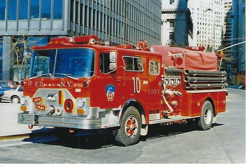 NEW YORK CITY FIRE DEPT ENGINE COMPANY 10 4X6 COLOR PHOTO