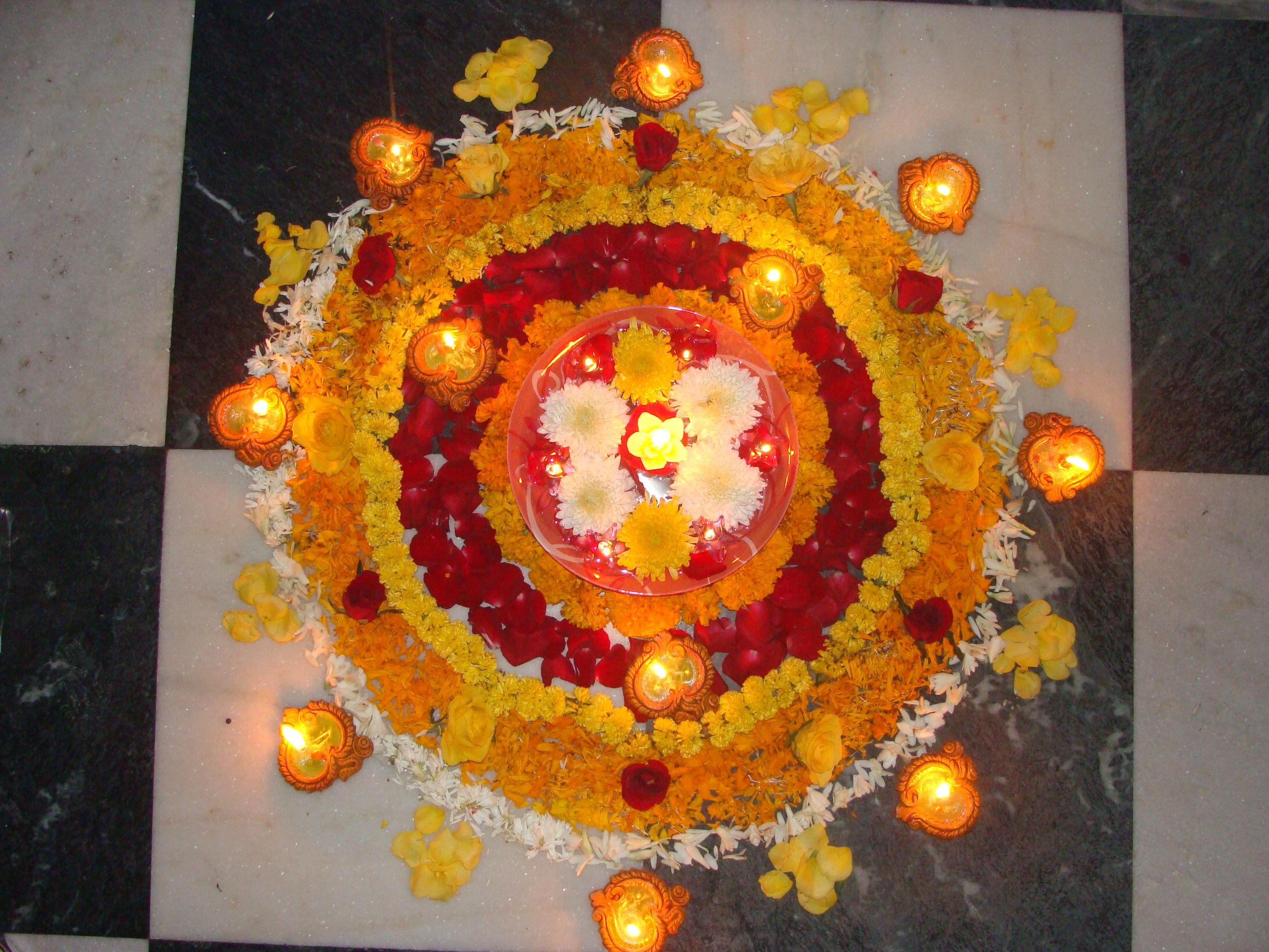 Rangoli Decorative Designs Made On Floor During Indian Festivals Festival Decorations Diwali Holiday Holiday Images