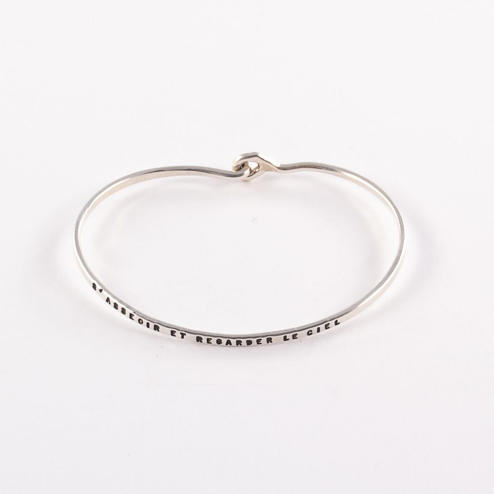 Bracelet fin grave