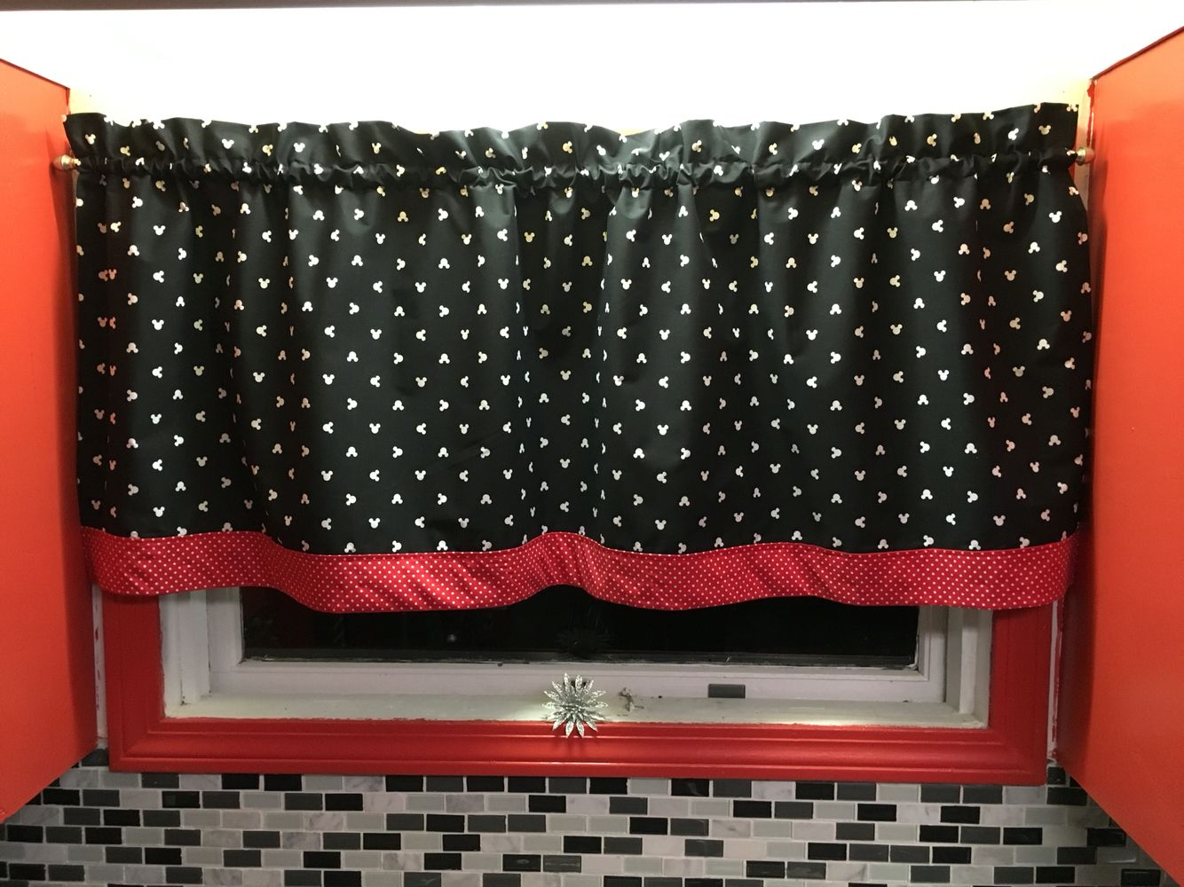 Mickey mouse window valance curtain | Disney mickey and minnie and ...