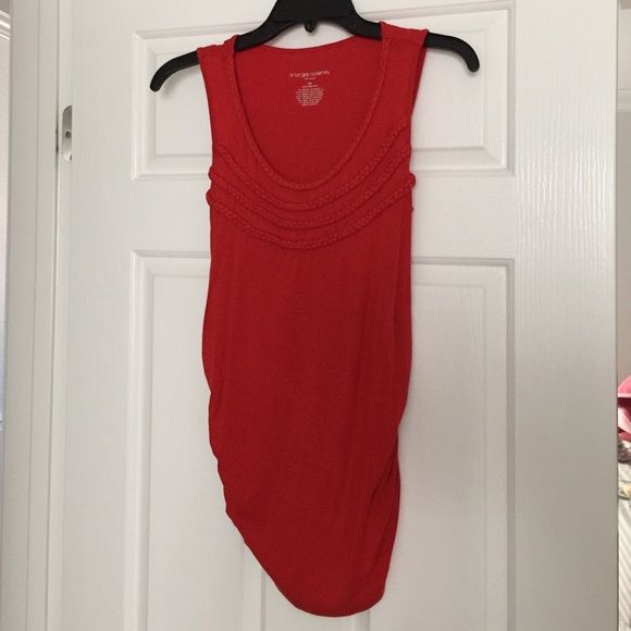 Red maternity tank Adorable red stretch maternity tee with braided detailing around neckline Liz Lange Tops Tank Tops