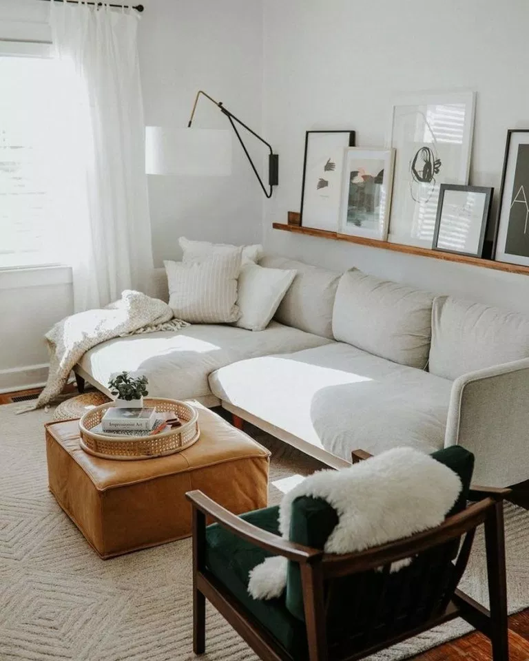 √66 Brilliant Solution Small Apartment Living Room Decor Ideas and Remodel #livingroomdecor #livingroomdesign #livingroomremodelideas | shadow.com #smallapartmentlivingroom