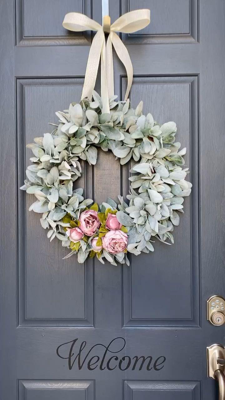 Farmhouse Christmas wreath