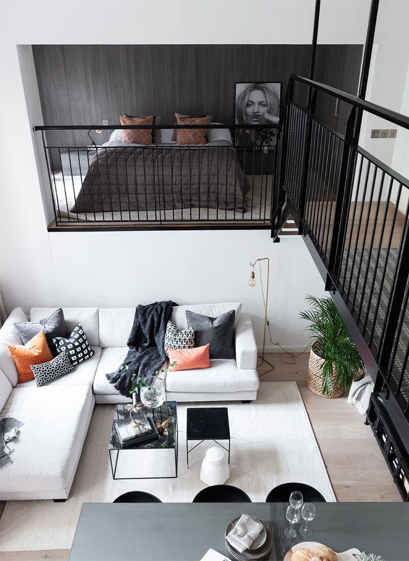 Cool Small Loft With Mezzanine Floor And Bright Modern Interiors In Stockholm 64 Sqm Foto Idei Dizajn Small Loft Apartments Loft Interior Design Loft Interiors