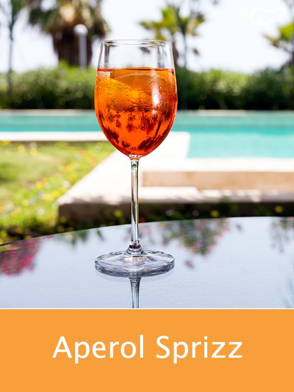 Photo of Aperol Sprizz ist ein beliebter Cocktail oder Aperitif aus d…