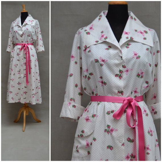 Vintage Dressing Gown, Pretty 1950\'s house coat, White / Pink floral ...
