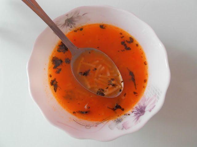 La cuisine de Yasemin: Naneli Şehriye Çorbası - Soupe de vermicelles à la...