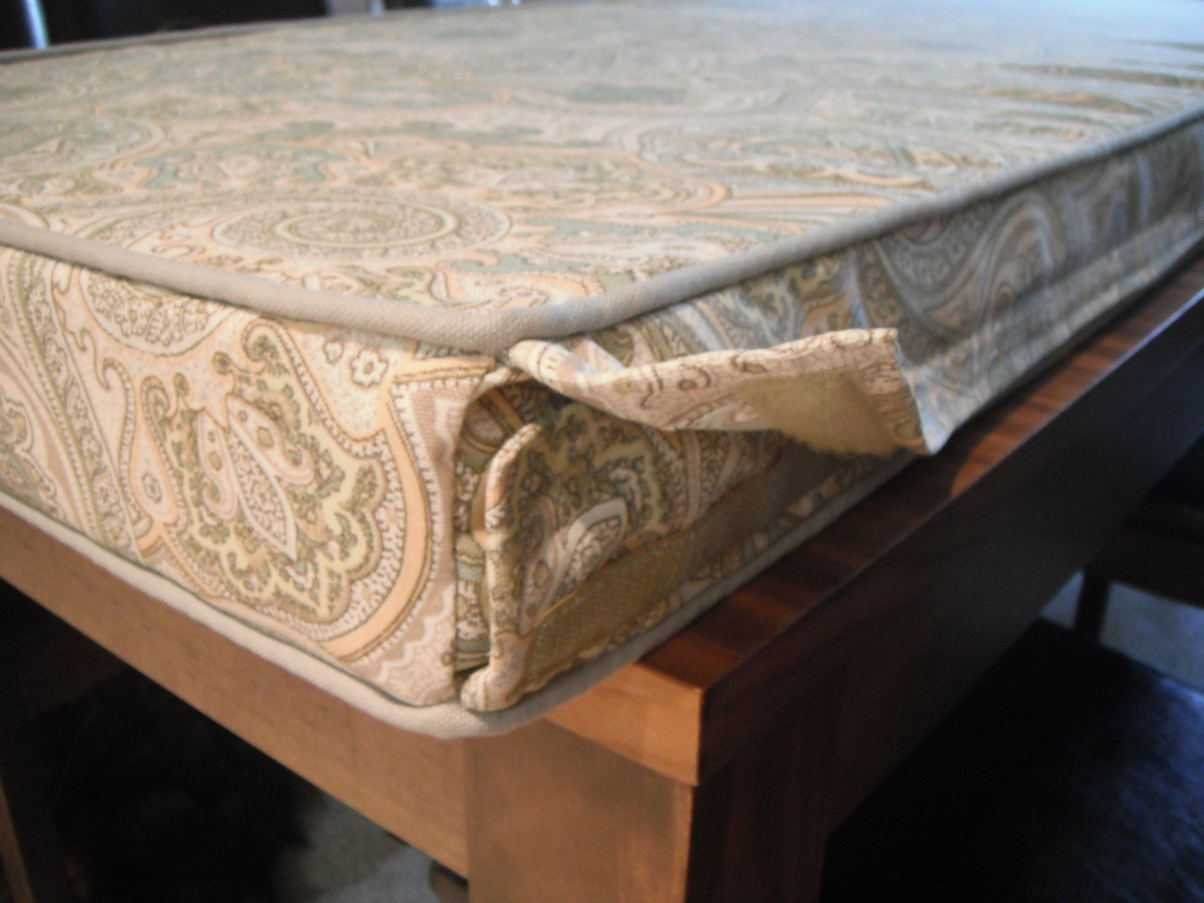 Bench cushion with removable cover. Diy cushion covers
