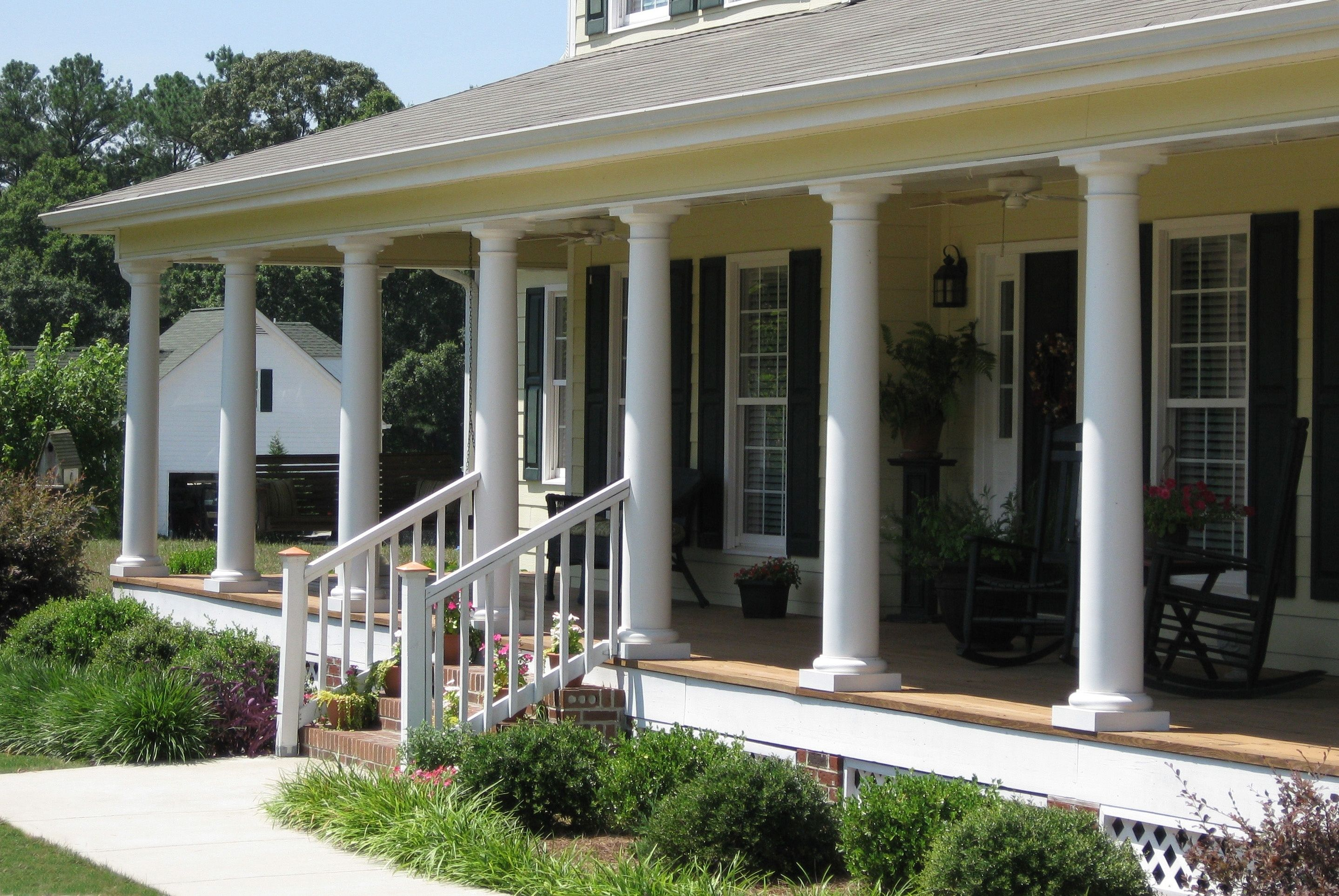 The 14 Perfect Front Porch Round Columns Yu20k2 Https Sanantoniohomeinspector Biz The 14 Perfect Front Porch Front Porch Columns Porch Columns Porch Pillars