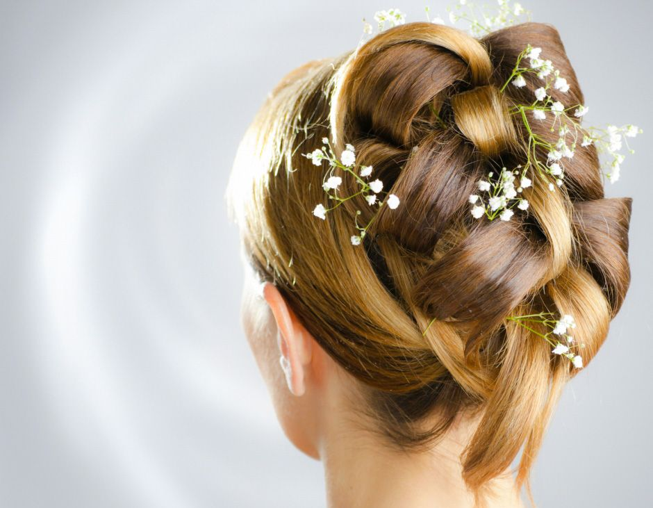 Como realizar peinados de novia