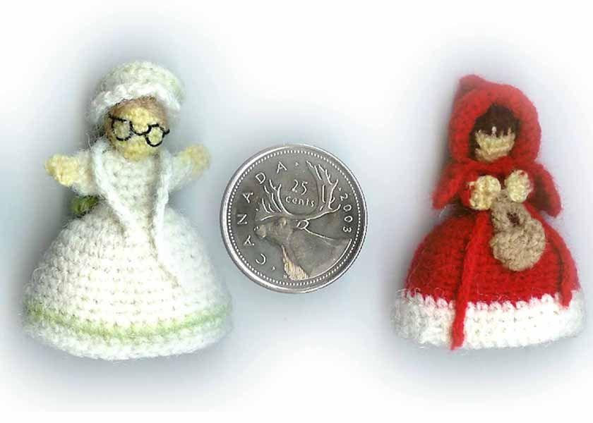 1500 Free Amigurumi Patterns: Red Riding Hood and Granny Topsy Turvy ...