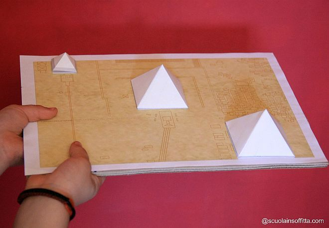 Storia Per Bambini Antichi Egizi Modellino Piramidi Egizi X Scuola