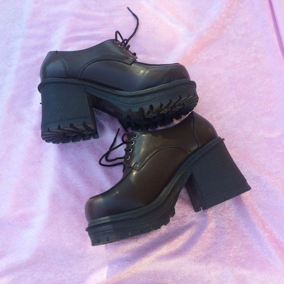 3f0646dee206 Chunky Platforms Shoes 90 s Vintage Shoes Spice by WeekendCloset