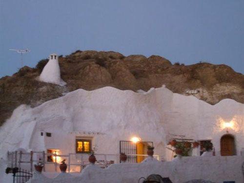 la felicidad es un te contigo. casa cueva1 Las cuevas hoteles de Granada