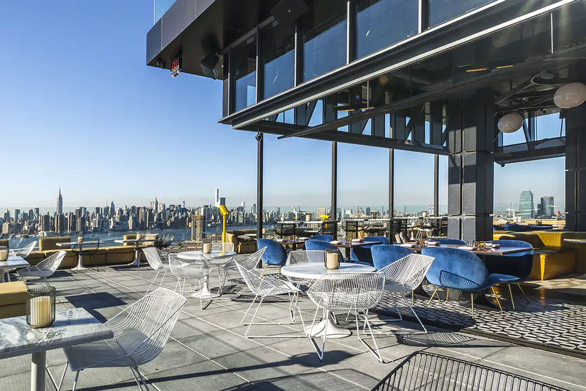 The Best Hotel Bars In The World Rooftop Bars Nyc Best Rooftop Bars Nyc Brooklyn Hotels