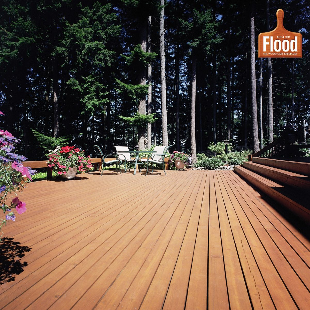 Featuring Flood Cwf Uv In Cedar