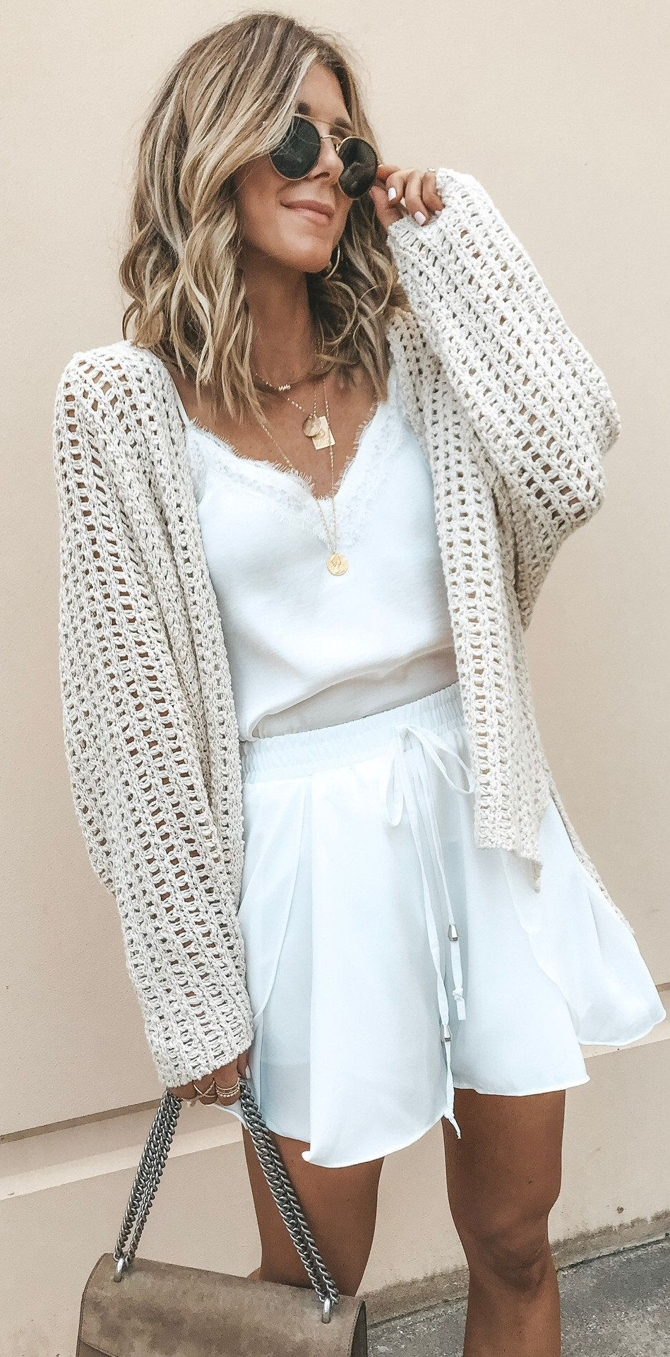 10 Beautiful Summer Outfits To Try Now White Cardigan Youroutfitideas Com Outfit Fashion Style Fashion Fashion Outfits Cardigan Fashion [ 1921 x 949 Pixel ]