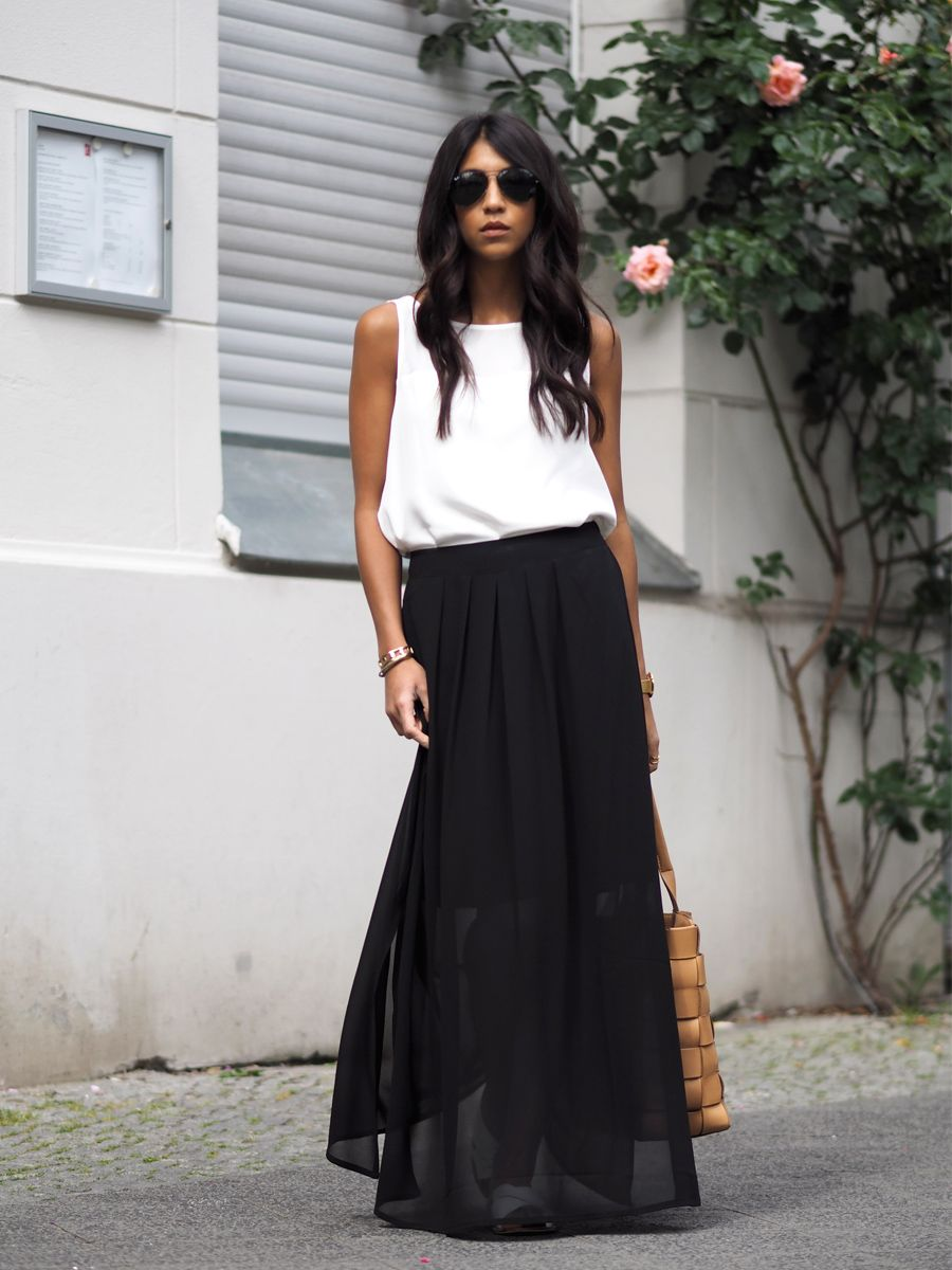 White Top   Black Chiffon Maxi Skirt | Kläder | Pinterest | Dlouhé ...